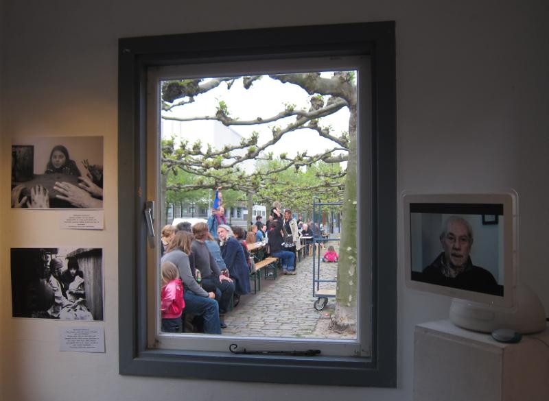 Tentoonstelling Kolenverhalen in het krijt van Tinus Holthuis 4 en 5 mei 2014
